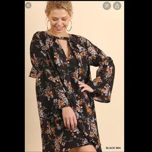 Umgee NWT Black Floral